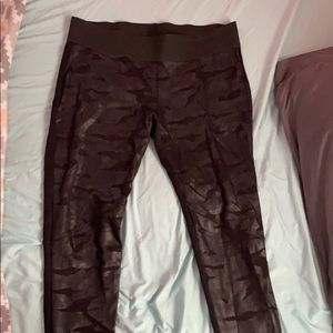 Faux Leather Front Camo Leggings